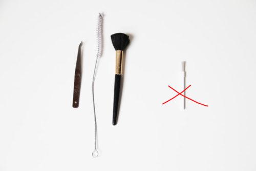 Pomůcky na šití - tipy a triky - čistění šicího stroje