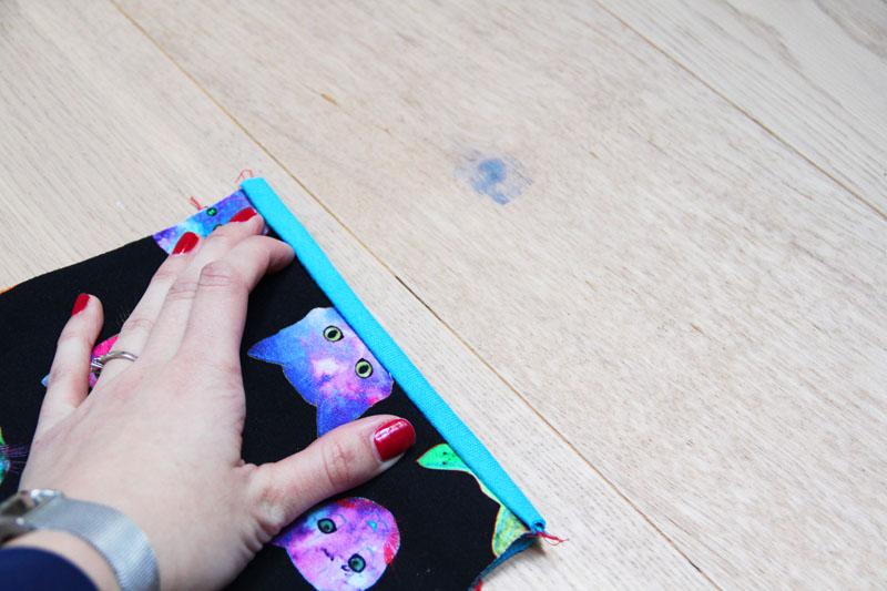 Střih na dětskou mikinu + návod jak ušít mikinu