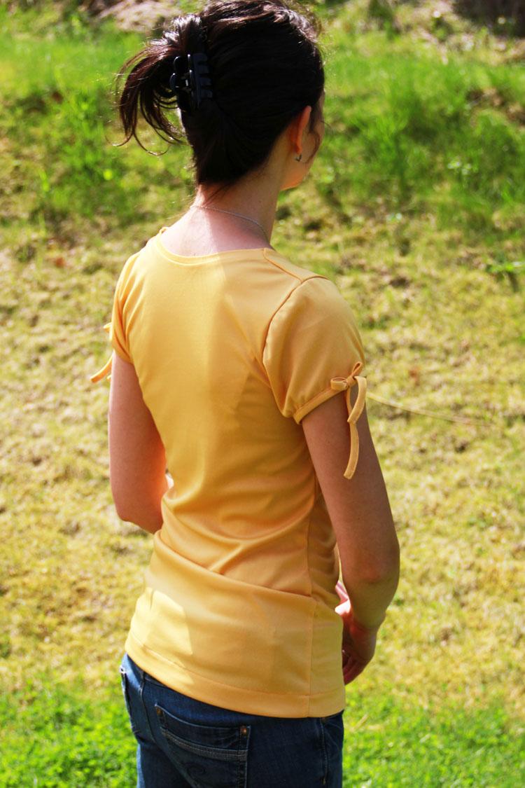 Střih na dámské tričko s vodou (velikost 32 - 62)