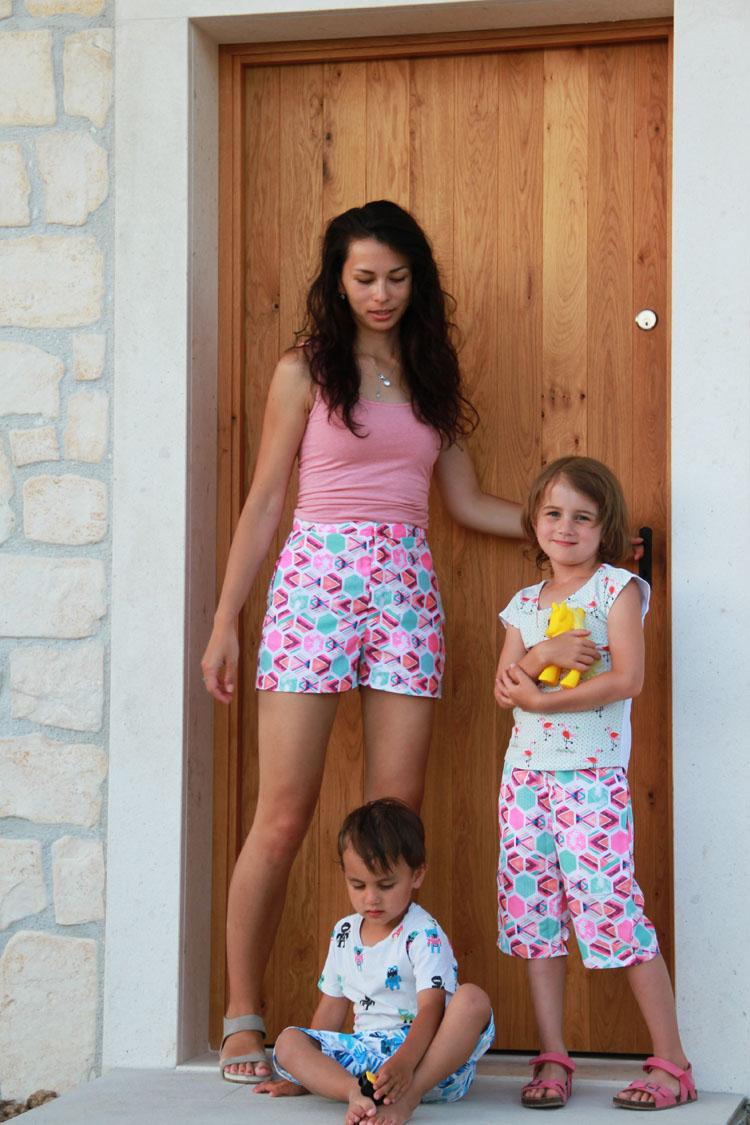 Střih na dětské i damské šortky / bermudy ve dvou délkách