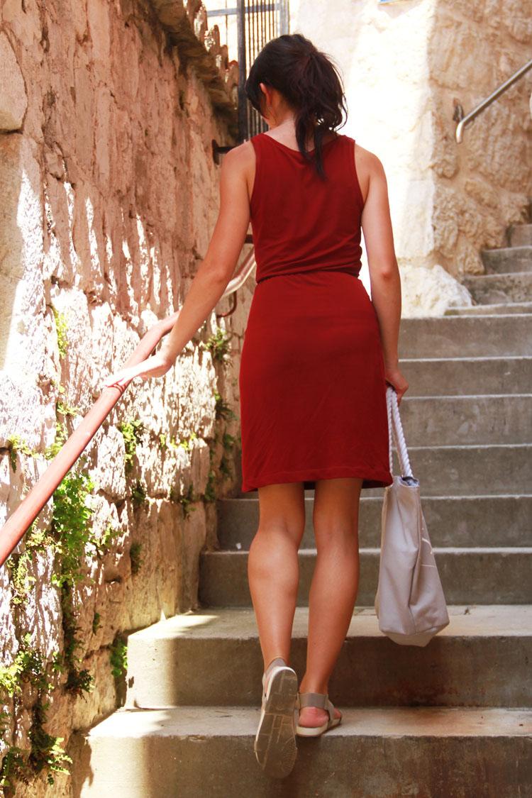 Střih na dámské tílko / midi šaty / maxi šaty