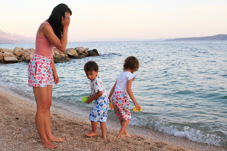 Střih na dětské a dámské šortky a bermudy (2v1) + podrobný návod na šití