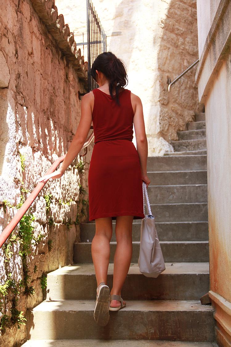 Střih 3v1 na dámské tílko nebo šaty