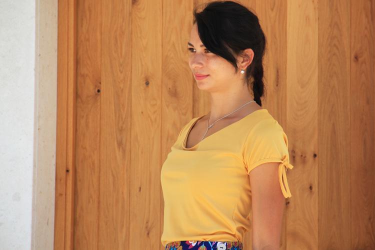 Střih na dámské tričko s vodou