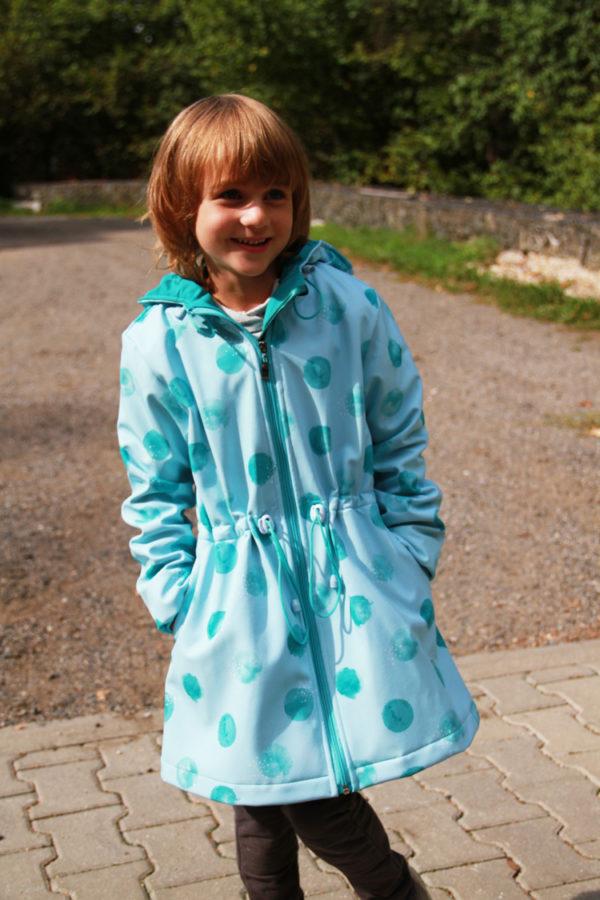 Střih na dětský kabátek + video návod jak ušít kabát krok za krokem