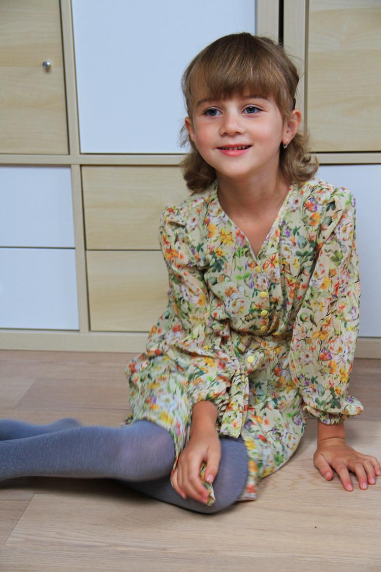 Střih na dětské šifonové šaty + detailní foto návod jak ušít šaty krok za krokem