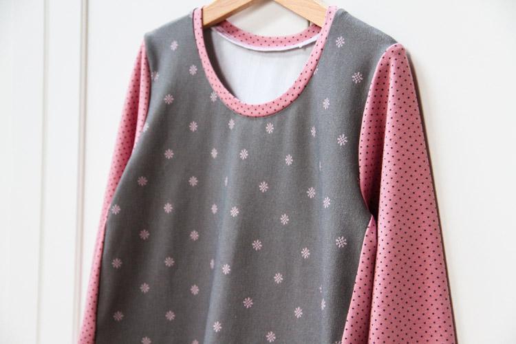 Střih na jednoduché dětské šaty + návod jak ušít šaty za pár minut