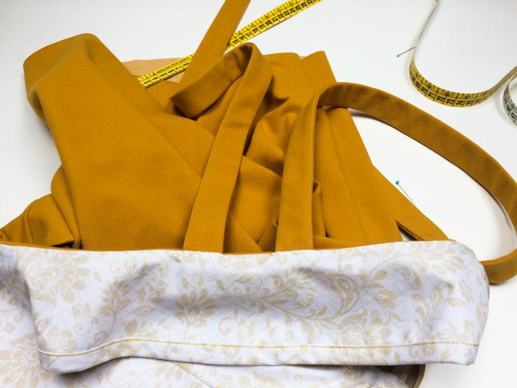 Střih na dámskou laclovou sukni + návod jak ušít sukni