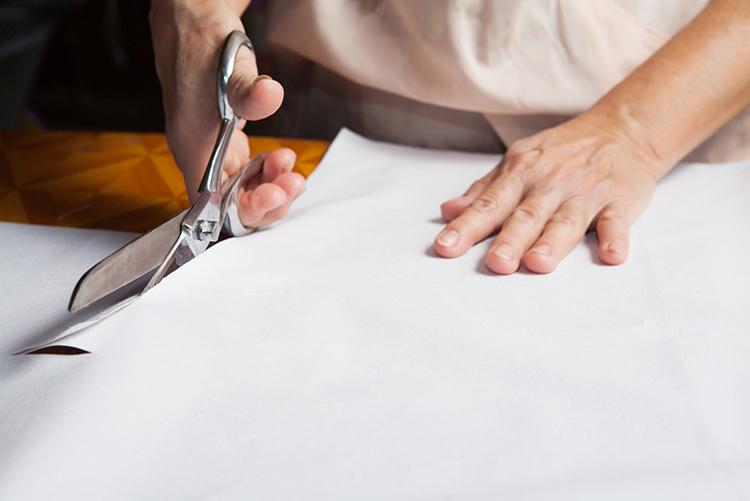 Konstrukce oděvních střihů - střihy a jejich velikosti, velikostní tabulky