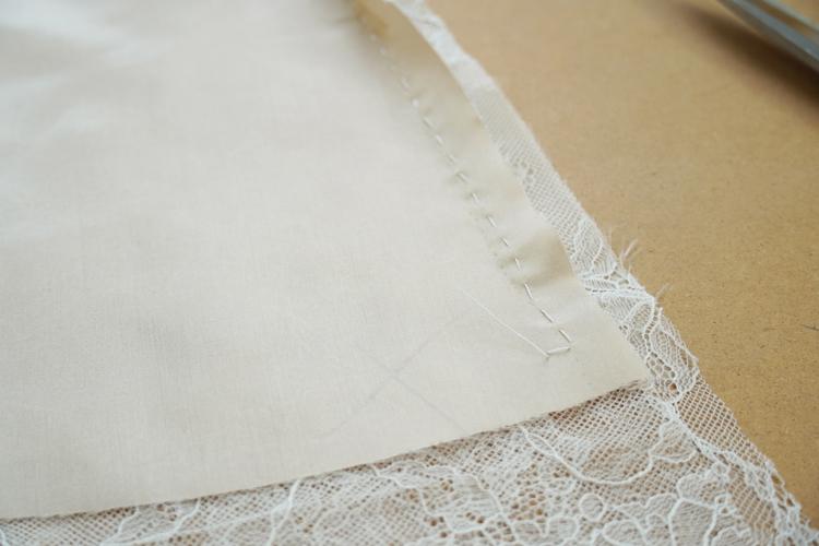 Návod jak ušít krajkovou sukni s podšívkou + střih