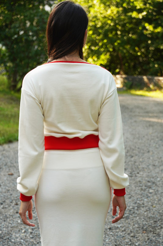 Sada střih - střih na pohodlný dámský kostýmek - tričko+ sukně