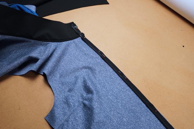 Jak všít zip s podkrytem do bundy (+ jak používat pásku Stylefix)