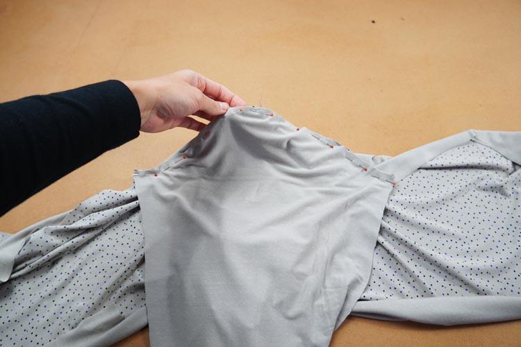 Návod jak ušít tričko s rolákem