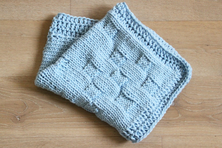 Pletená deka do kočárku