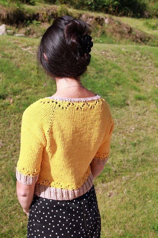 Dámský pletený svetřík