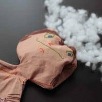 Tvoříme s dětmi - návod na jednoduchou látkovou panenku