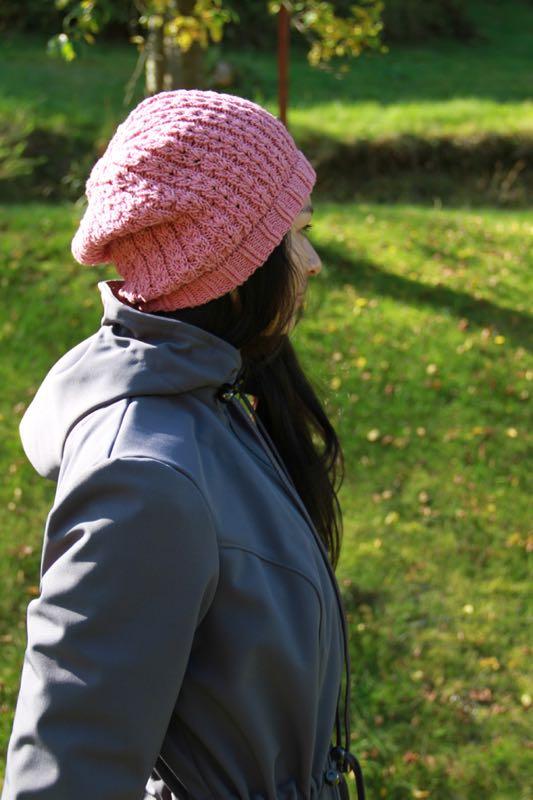 Návod na dámskou pletenou čepici