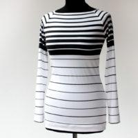 Střih na dámské triko s lodičkovým výstřihem a raglánovými rukávy