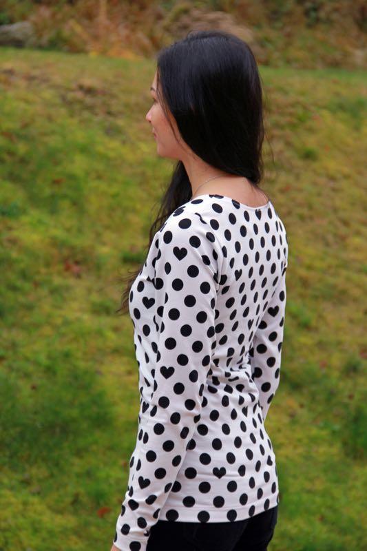 Jak ušít tričko: Střih na dámské BASIC tričko ZDARMA