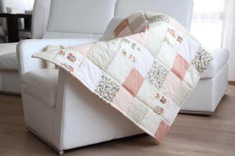 Patchworková hrací podložka deka