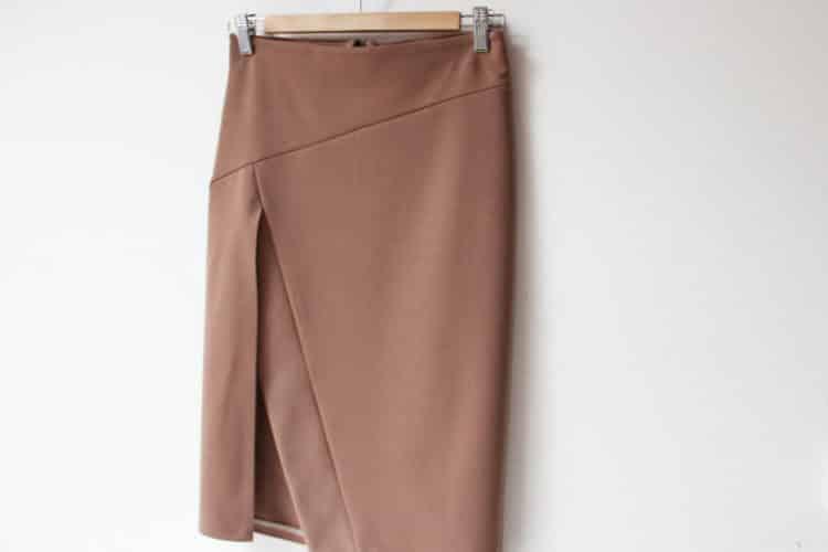 Ručně šitá pouzdrová sukně, střih Burda Style 4/2016