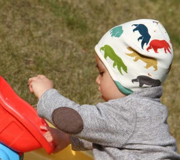 Návod a střih na dětskou jarní či podzimní čepici přes uši