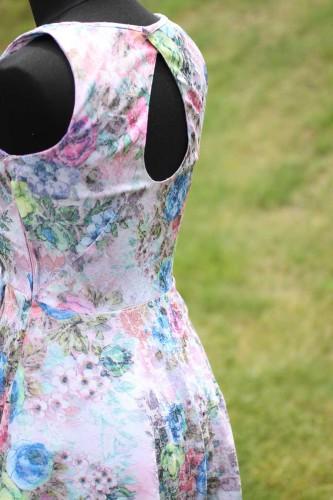 Dámské ručně šité šaty, Burda Style 6/2016