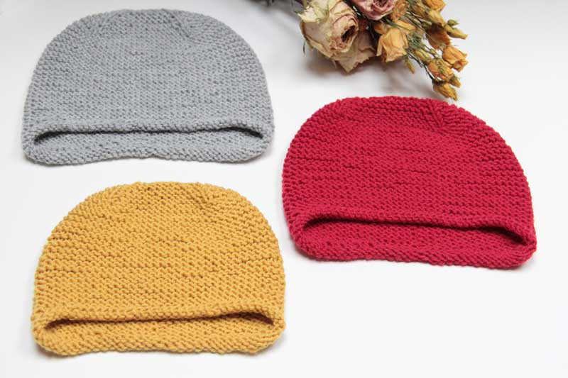 Návod na jednoduchou dětskou nebo dámskou pletenou čepici přes uši