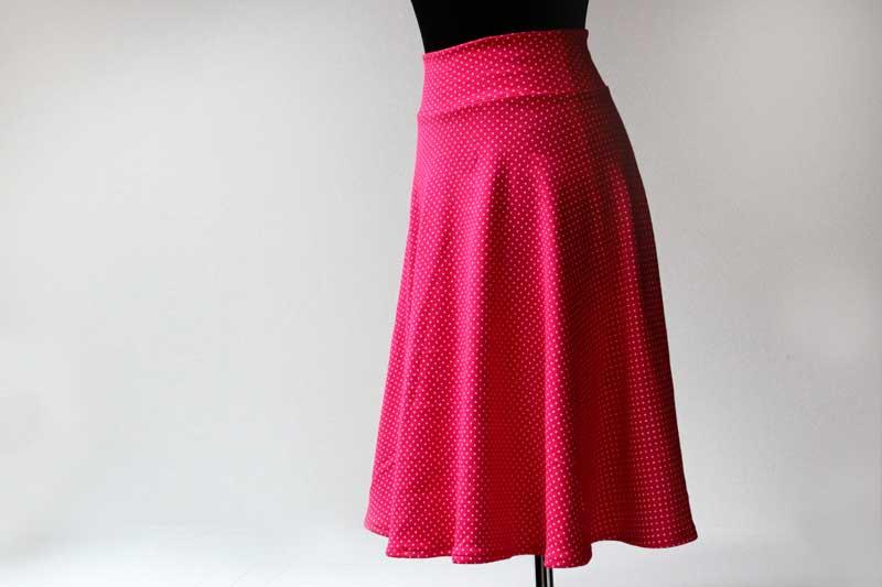2f5979b76c33 Jak ušít půlkolovou sukni (video návod + tipy pro konstrukci ...