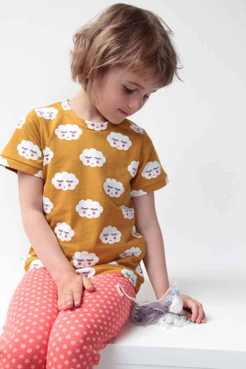 Jak ušít tričko: Střih na dětské tričko s krátkým rukávem