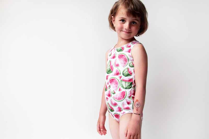 Dětský sportovní dres ušitý z funkční tričkoviny