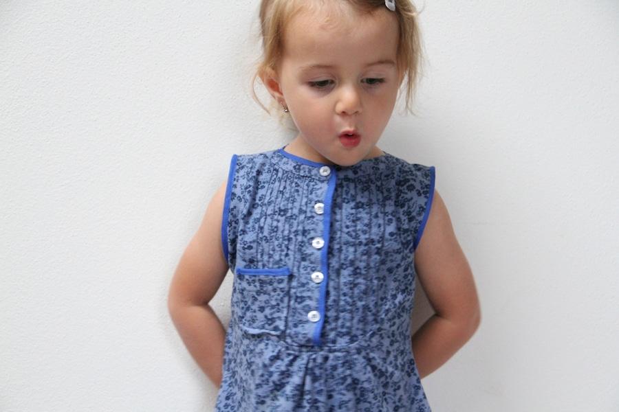 Recyklace oblečení - šaty ze staré halenky