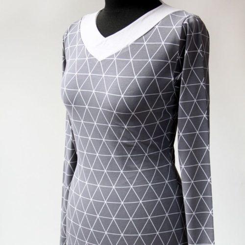Střih na dámské tričko TRIANGLE s výstřihem do V a asymetrickým spodním  lemem (velikosti 34 – 54) fd9eddfbe8