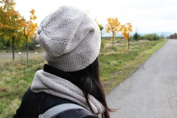 Dámská ručně pletená čepice homeleska