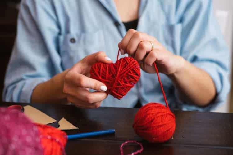 Valentýn - návod na ručně vyrobená srdíčka